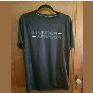 Men's Black Under Armour Athletic T-Shirt Large